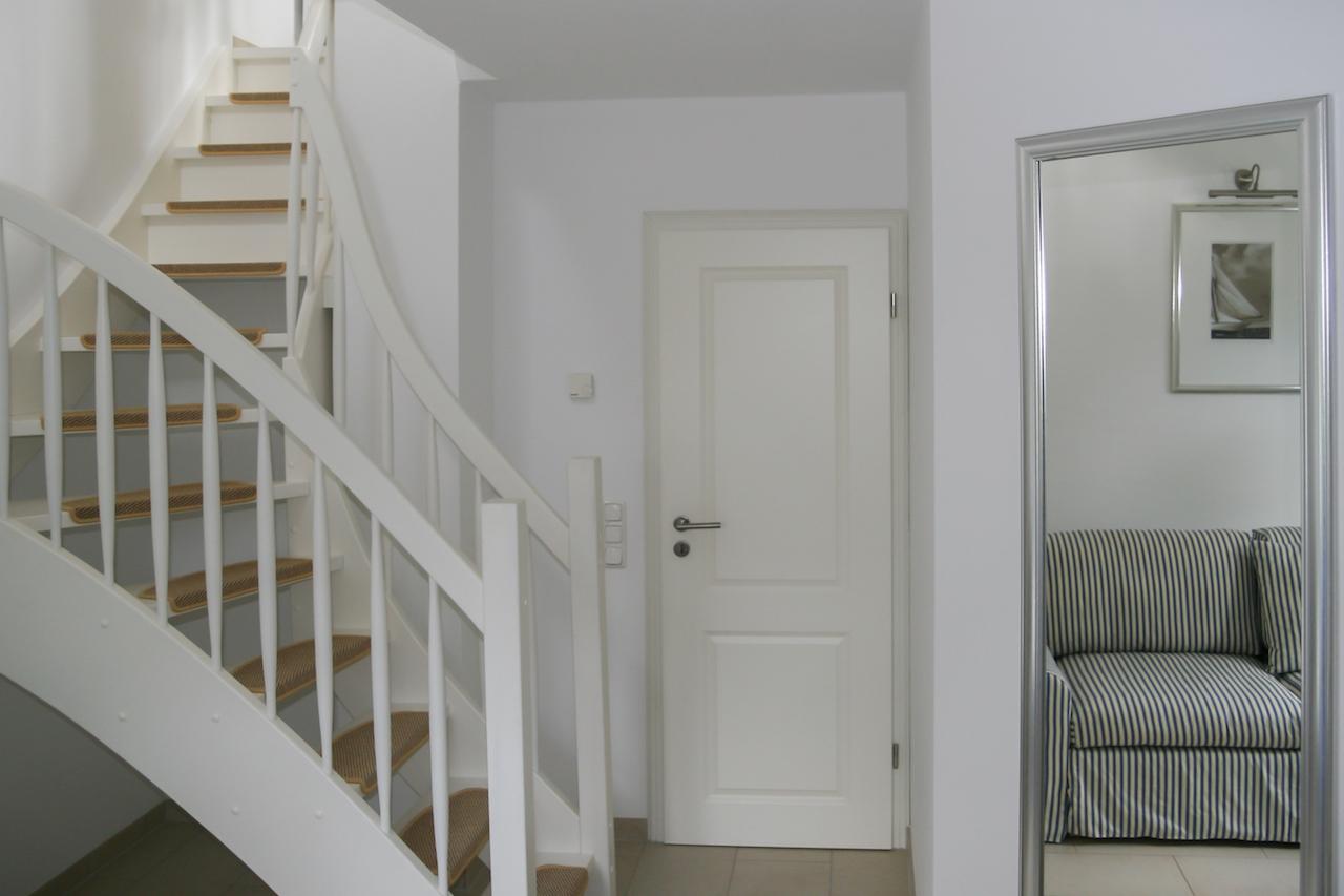 Zingst Ferienhaus Windflüchter Treppenaufgang zum Schlafzimmer
